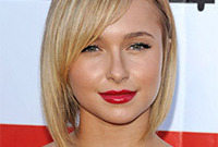 Hayden-panitierres-makeup-for-blonde-hair-and-hazel-eyes-side